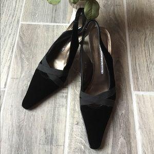 DONALD J PLINER Lois Black Velvet Sling Back Heels